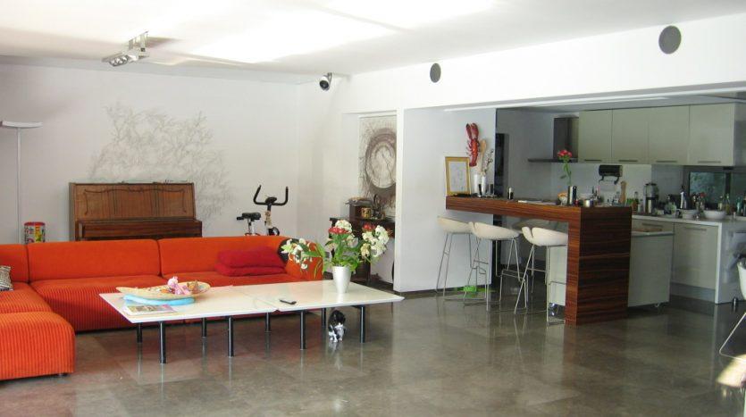 Floreasca 208
